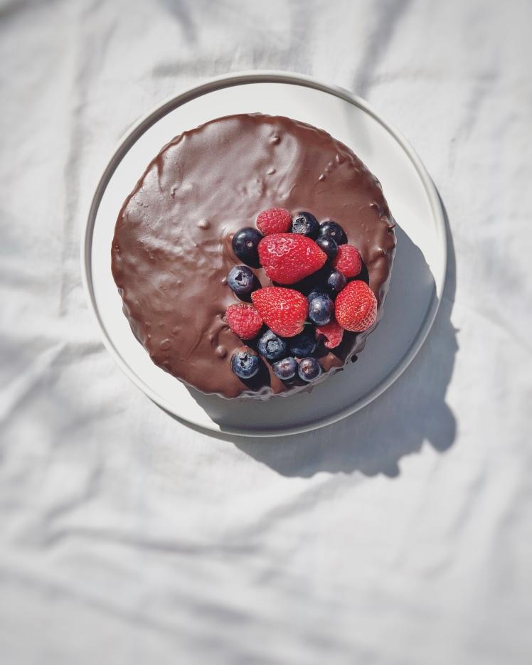 Erdbeer-Schokoladen Naked Cake