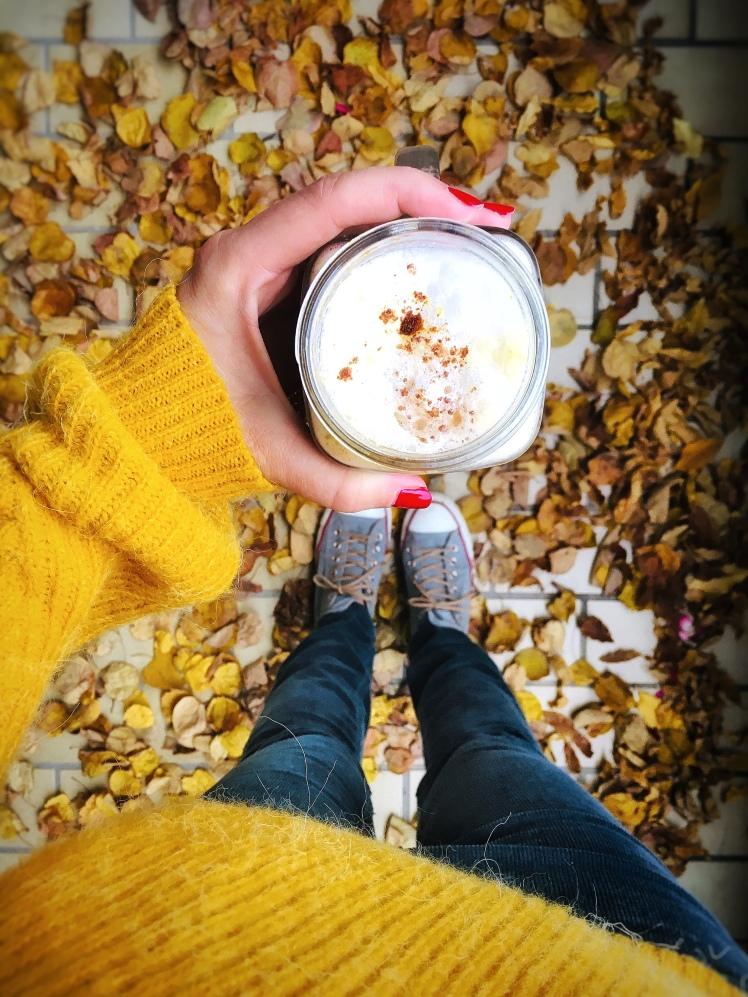 Pumpkin Spice Latte Cordhose