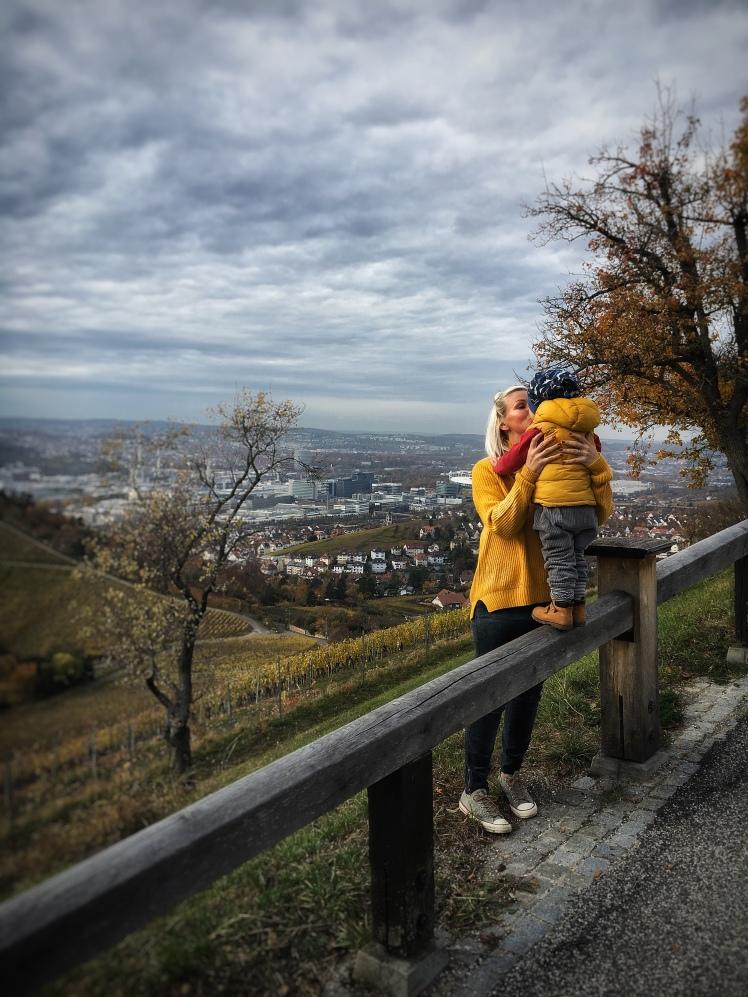 Cord Herbsttrend, Mama mit Kind, Herbstlandschaft
